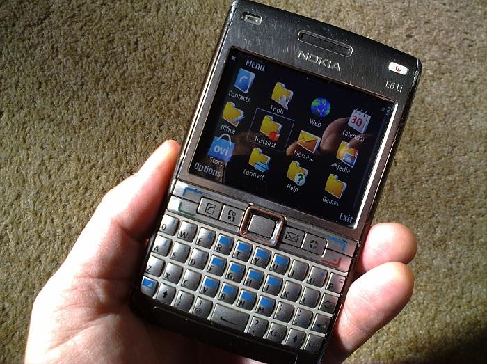 Nokia E61i Mang đến cho bạn một đẳng cấp hoàn toàn mới