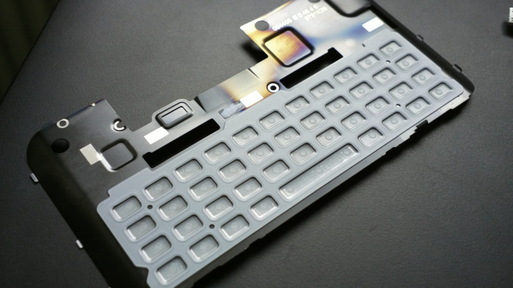 E7 underside of the keyboard