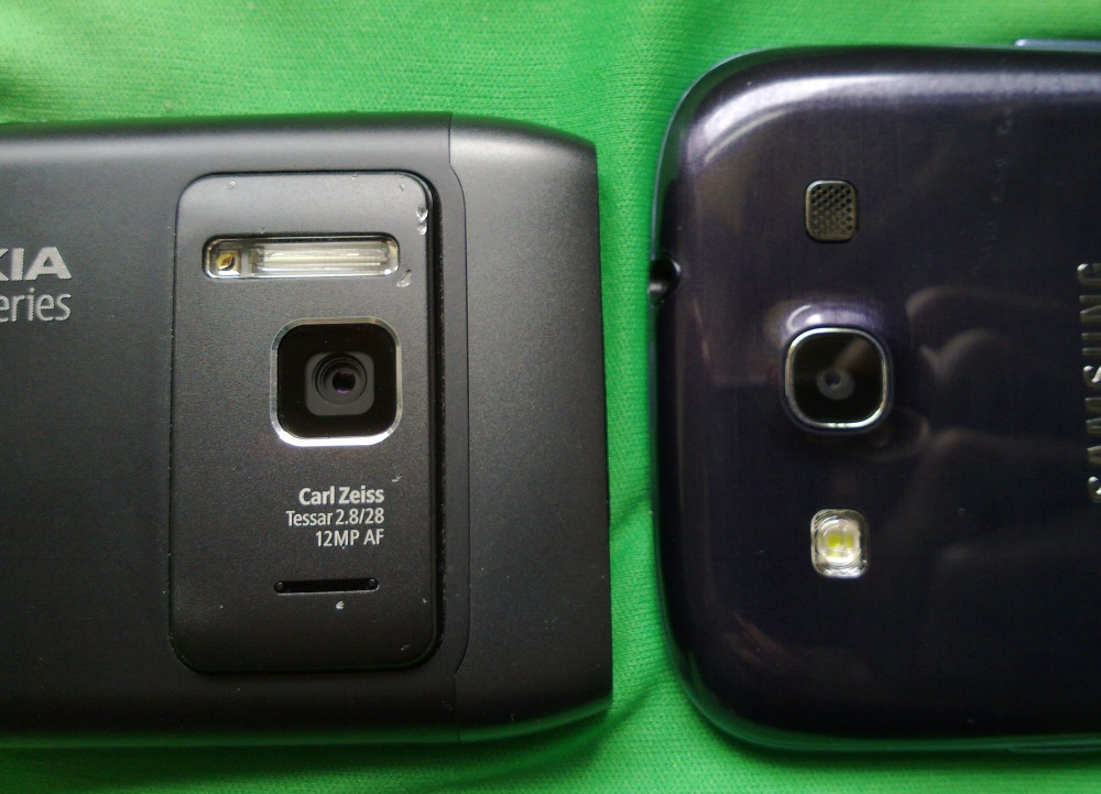 Samsung Galaxy S III and Nokia N8