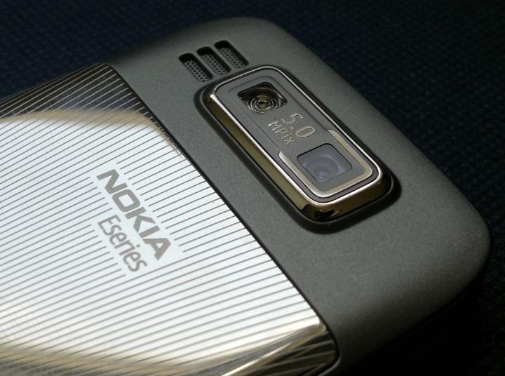 E72 5mp cam