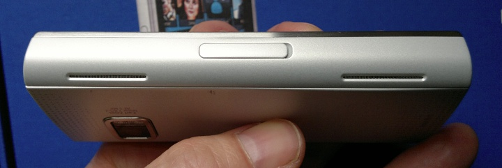 Nokia X6 - the insane speakers