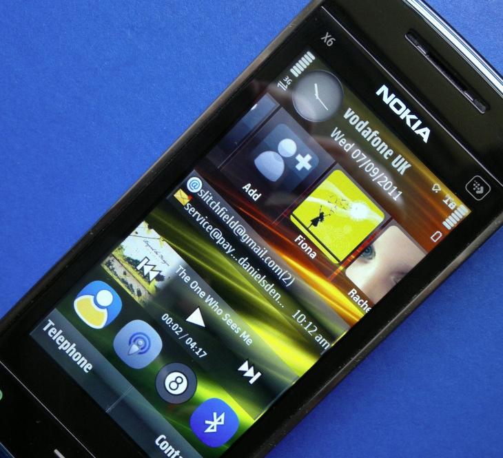 Nokia X6 - homescreen