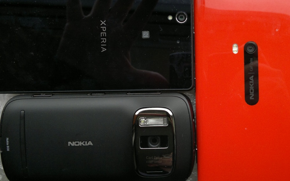 Xperia Z, Lumia 920, 808 PureView