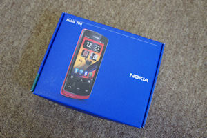 Nokia 700 Gallery thumbnail