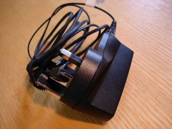 N85 USB AC10 Charger