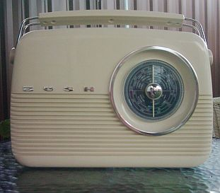 Old-fashioned dial radio