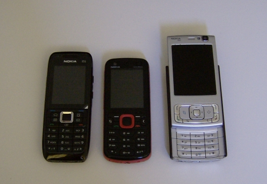 Nokia 5320 compared to E51 and N95