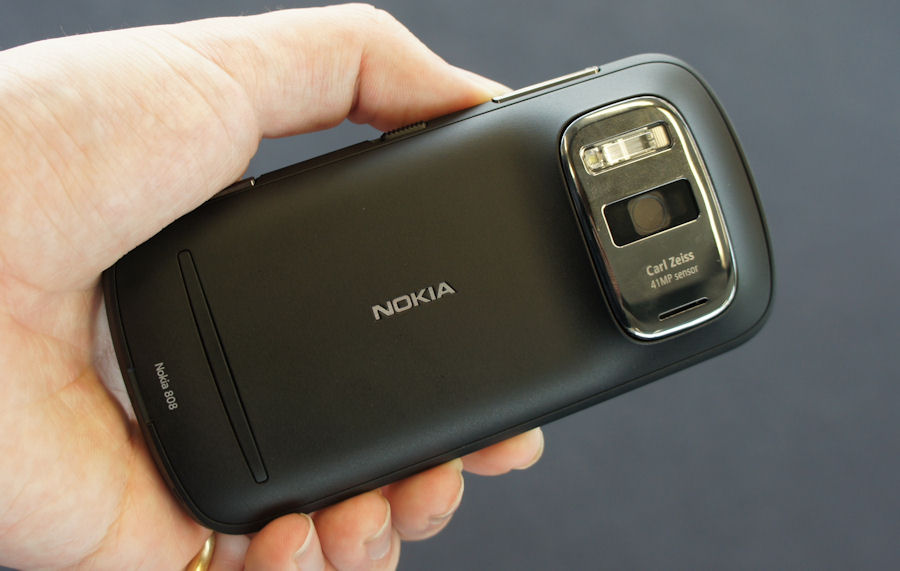 Back of Nokia 808
