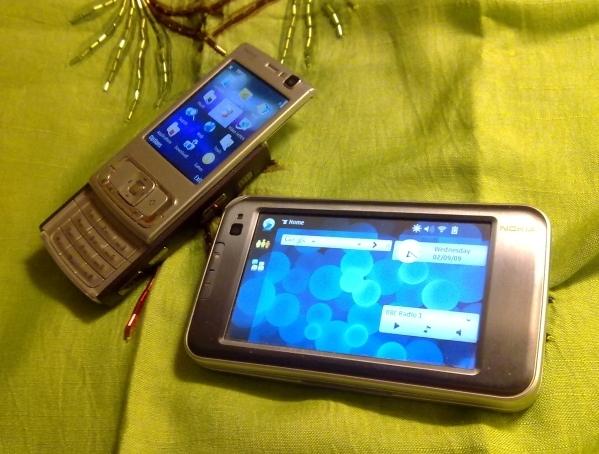 Nokia N810 with Nokia N95