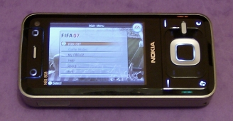 FIFA demo on Nokia N81 in alternate horizontal mode
