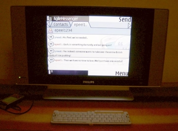 Agile Messenger through TV Out
