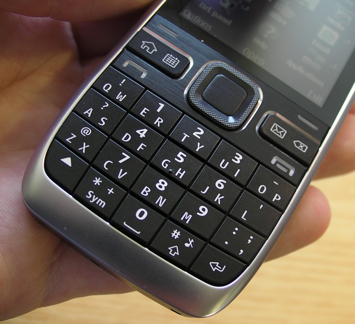 E55 half-QWERTY keyboard