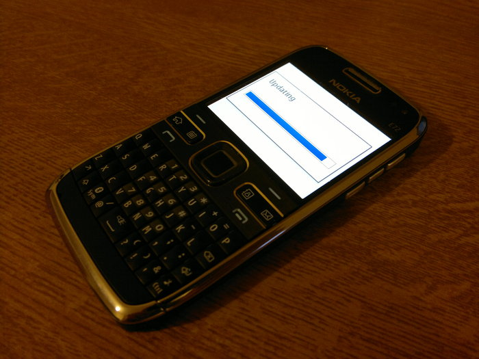 Nokia E72 updated to version 81