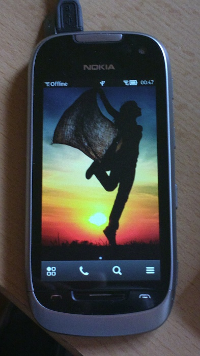 Nokia 701 running Delight