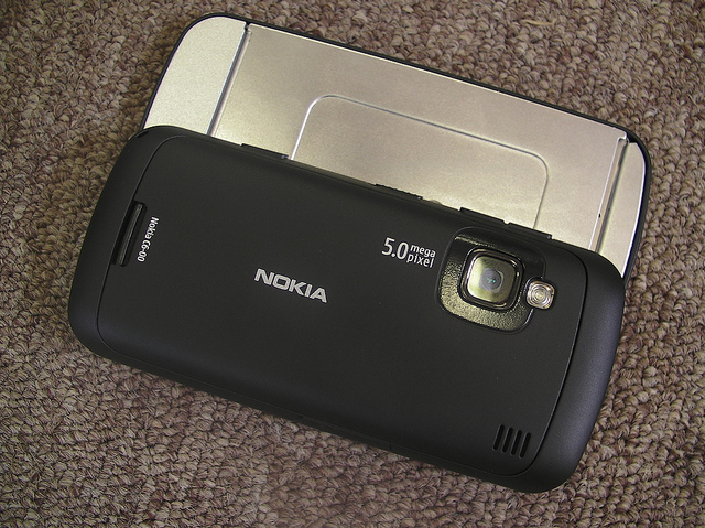 The Nokia C6 rear side