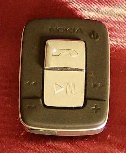 Nokia BH-500 controls