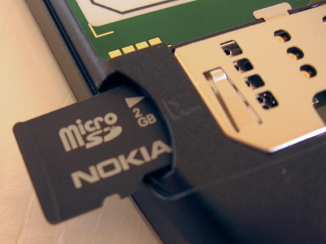 E55's supplied Micro SD card