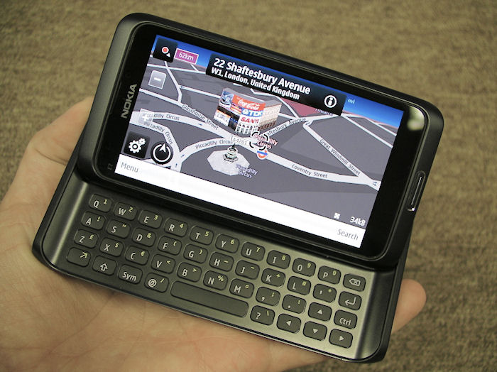 Ovi Maps on the Nokia E7