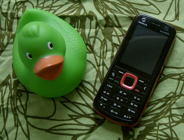 Nokia 5320 XpressMusic and a rubber duck