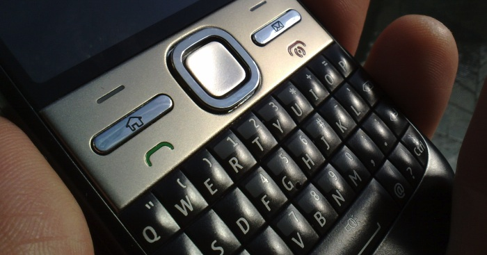 Nokia E5's fascia