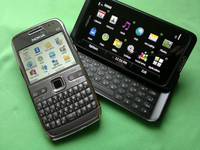 Nokia E72 and E7