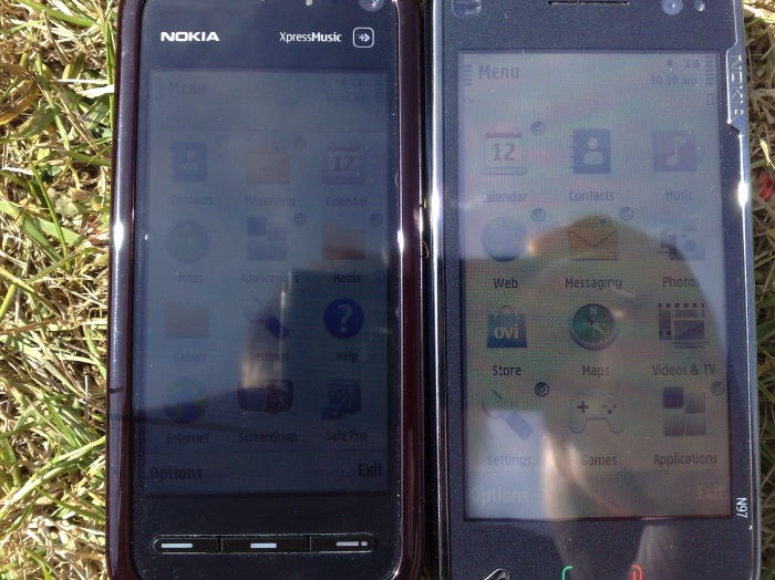 Screen contrast in direct sun: 5800 vs N97