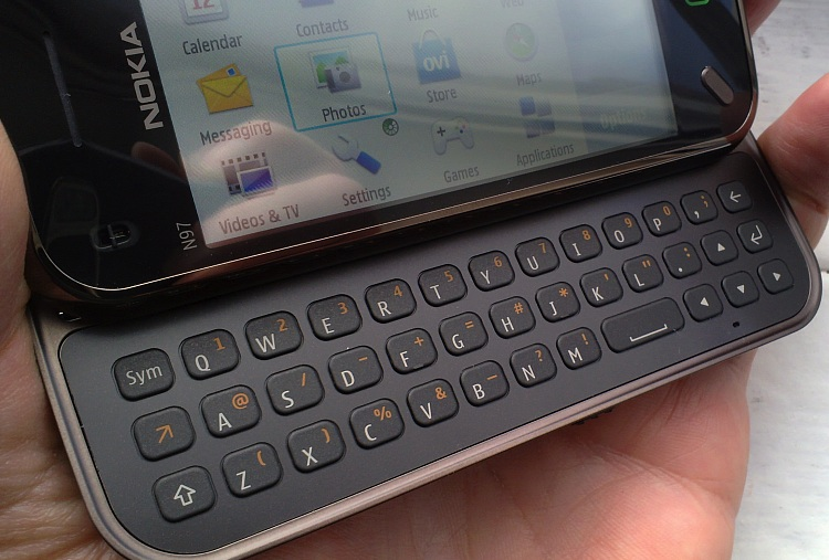 The N97 mini's keyboard