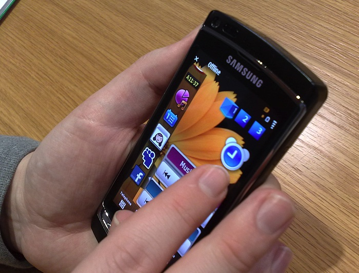 Samsung Omnia HD hands-on