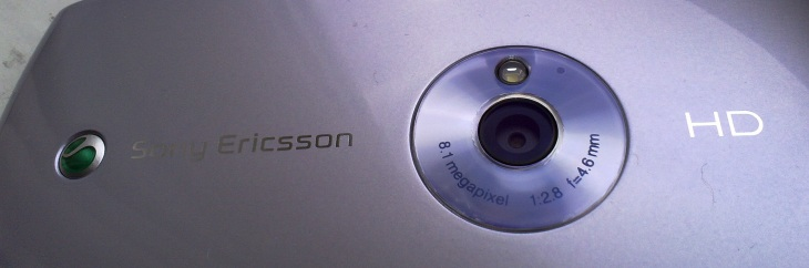 Sony Ericsson Vivaz up close (C) All About Symbian
